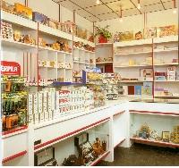 Arredamenti per tabaccherie renato russo torino s r l for Arredamento tabaccheria prezzi